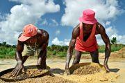 Ituri: l'exploitation d'un nouveau gisement d'or divise les orpailleurs et MGM