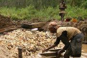 Mbuji-Mayi : les habitants dénoncent l'exploitation des diamants dans des parcelles résidentielles