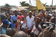 DES NEKONGO ONT MARCHÉ POUR PROTESTER CONTRE LE PROJET ROUTE-RAIL KINSHASA-BRAZZAVILLE